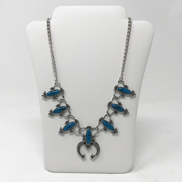 Sarah Coventry Jewelry - Vintage 1977 Sarah Coventry Blue Cloud Necklace